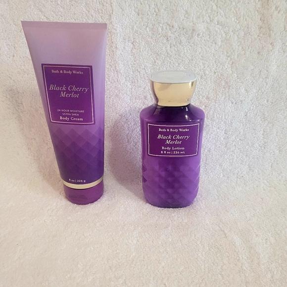 Bath & Body Works Black Cherry Merlot Lotion Set🆕